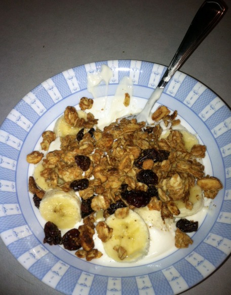 Banana Yogurt Bowl with banana cream Oikos Greek Yogurt, sliced banana, and Peanutty Granola